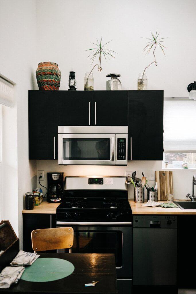 dark kitchen interior design
